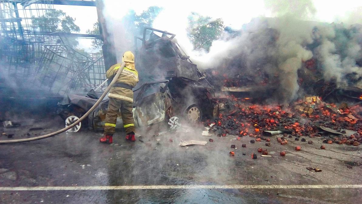Молодая семья сгорела заживо в страшном ДТП в России