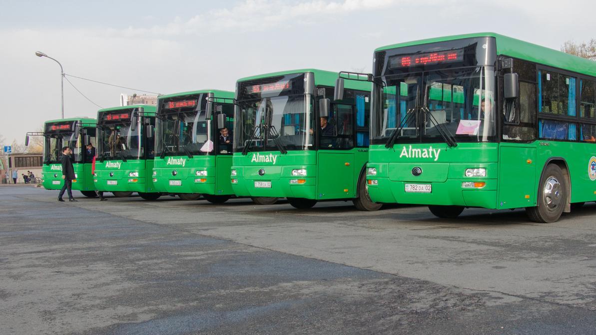 Более 800 млн задолжали шымкентцы за управление автопарками Алматы