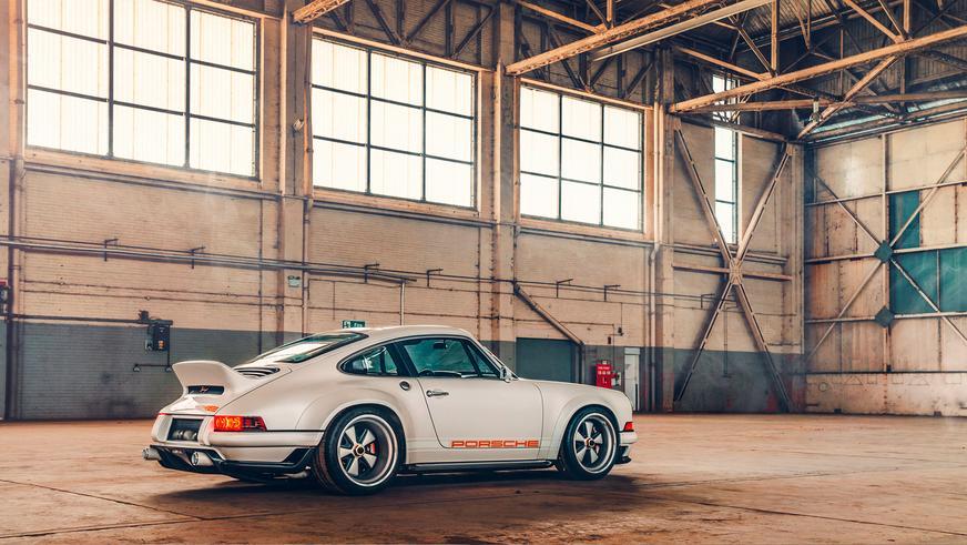 Singer превратила Porsche 911 в произведение искусства