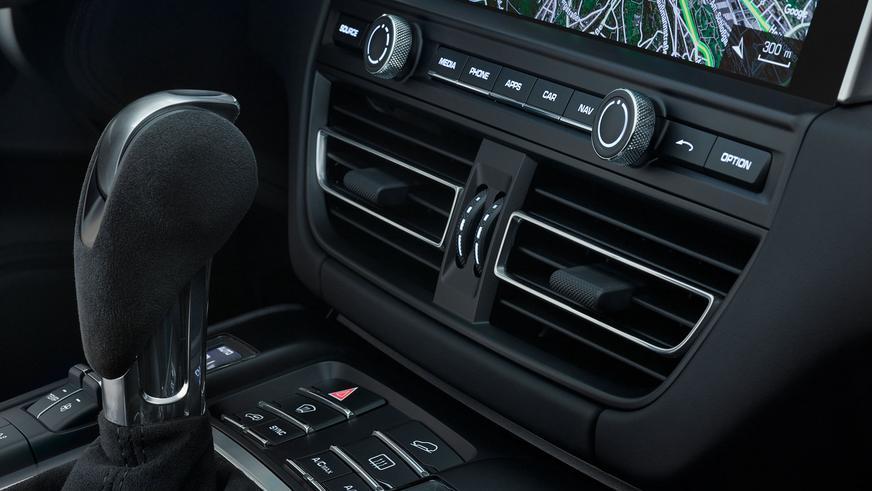 Обновлённый Porsche Macan