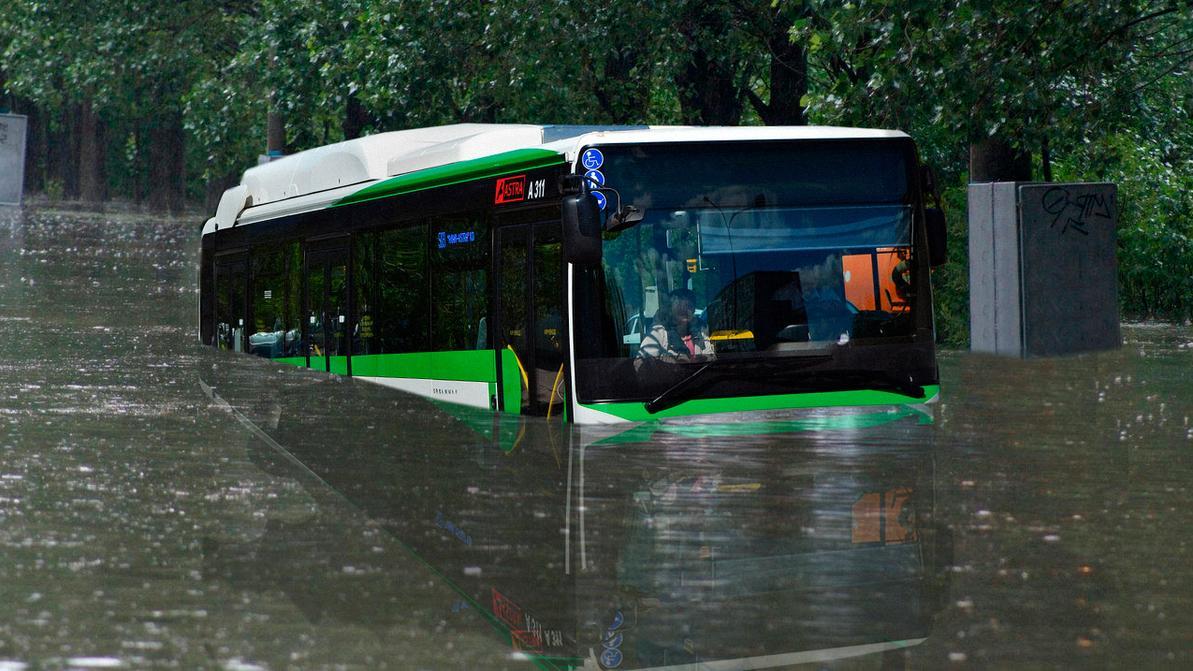 Что случилось с утонувшим автобусом в Астане