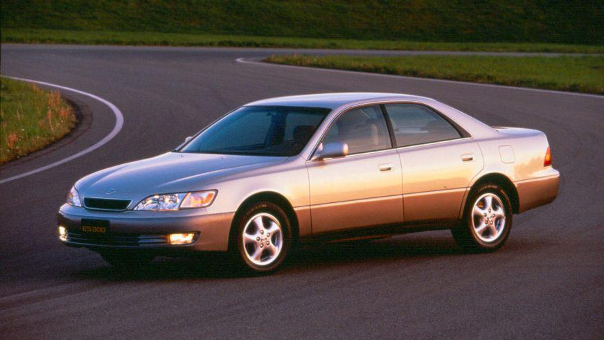 1996–2001 (XV20) – третье поколение