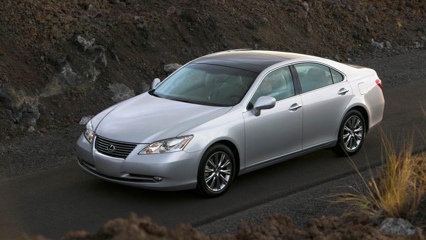 2006–2012 (XV40) – пятое поколение
