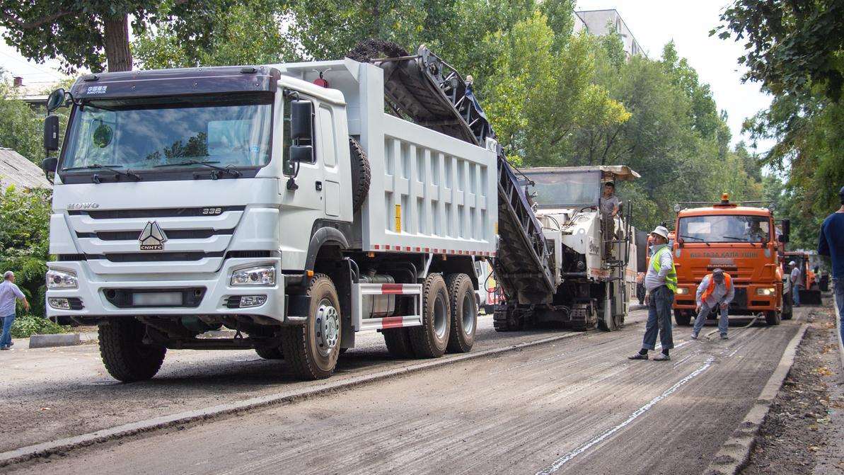 Почему в Казахстане строят плохие дороги