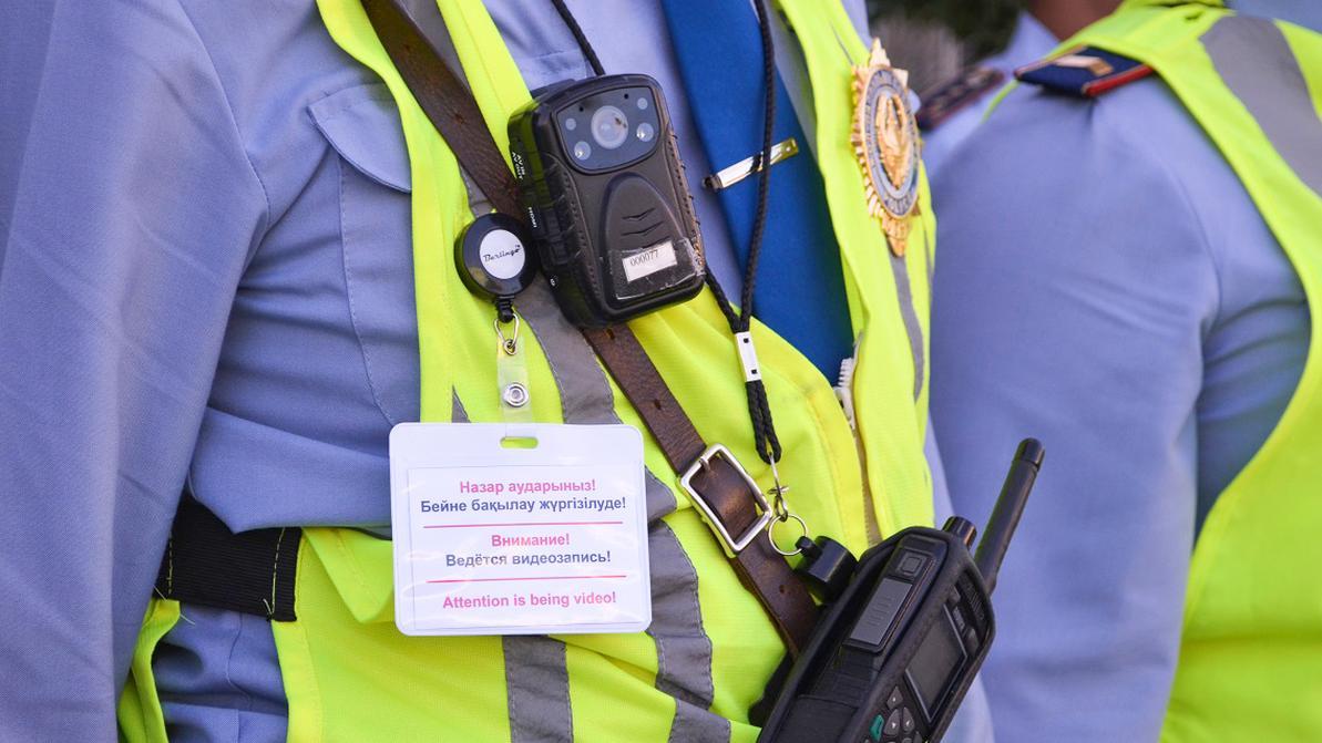 Появляться без регистратора на дороге полицейским нельзя