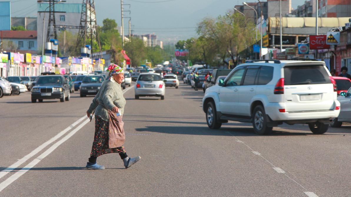 Пешеходы в Казахстане стали чаще гибнуть на дорогах