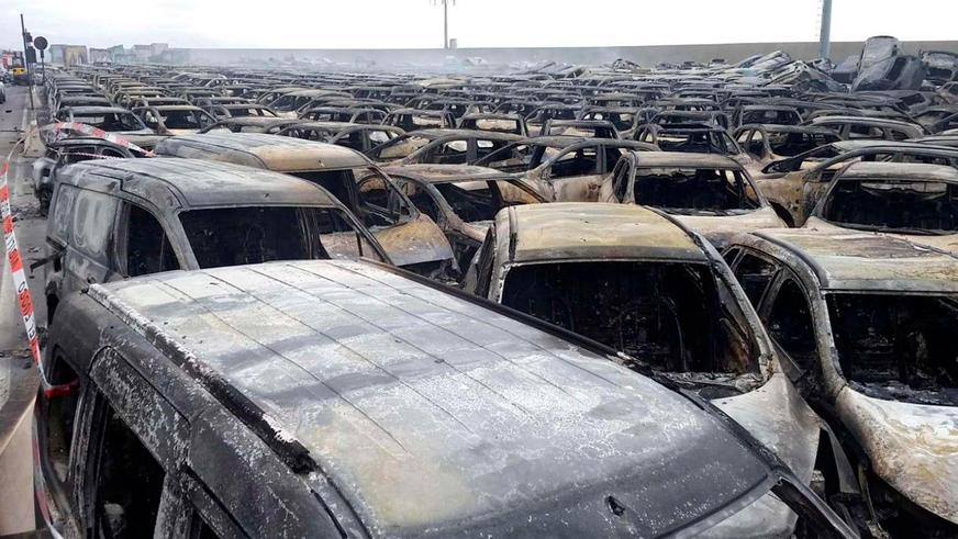 150 Maserati и «фиатов» сгорели на складе в Италии