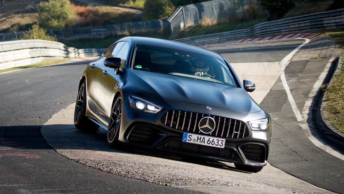 Лифтбек Mercedes-AMG GT установил рекорд Нюрбургринга