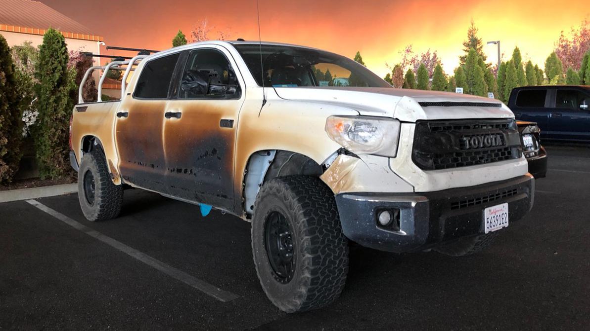 Toyota подарит медбрату из США новую «Тундру»