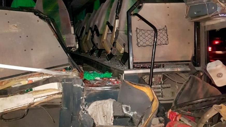 Рейсовый автобус выехал на встречку: трое погибли, 86 ранены