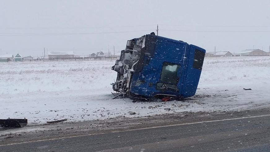 Актюбинцы погибли в автокатастрофе под Оренбургом
