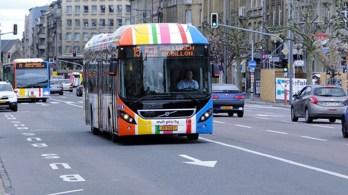 Бесплатный проезд на общественном транспорте против пробок в Люксембурге