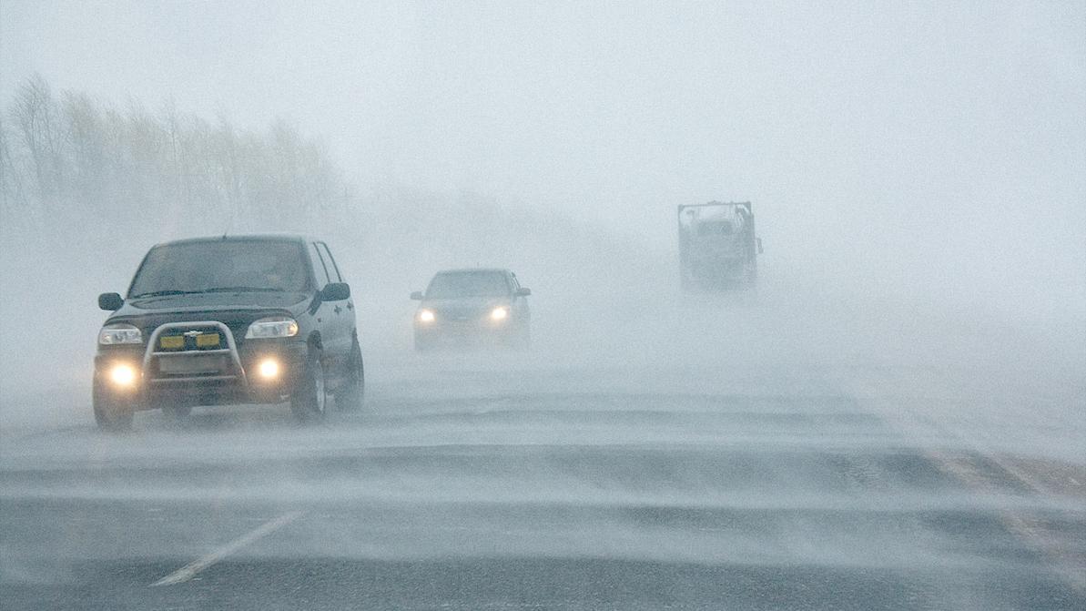 Ветер, туман и гололедица ожидаются в большинстве регионов РК