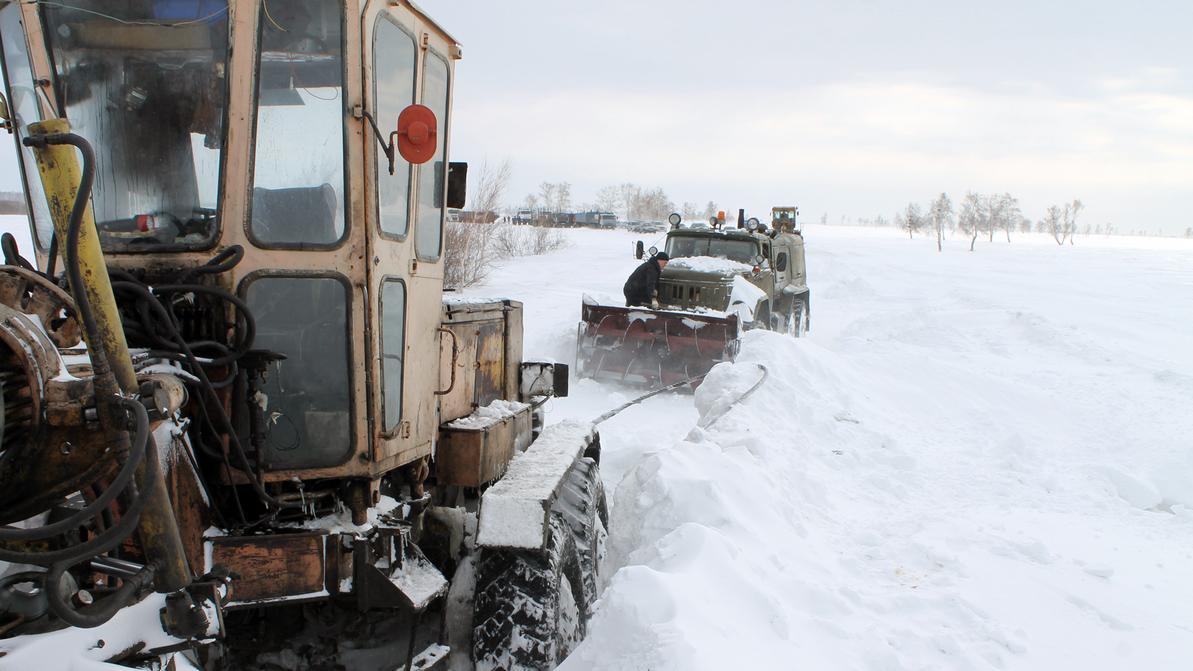 Дорожной техники в Казахстане мало, да и она постоянно ломается