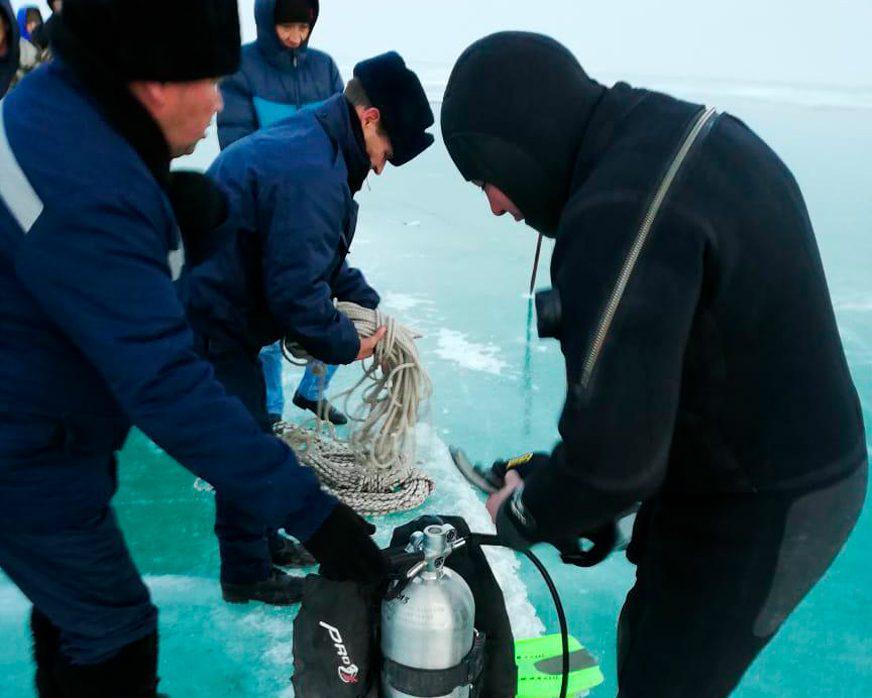 Рыбак вместе с внедорожником утонул на Балхаше