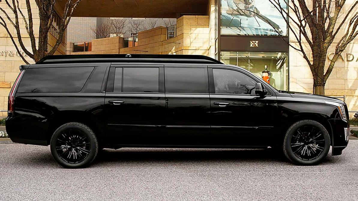 Cadillac Escalade превратили в 6.5-метровый лимузин