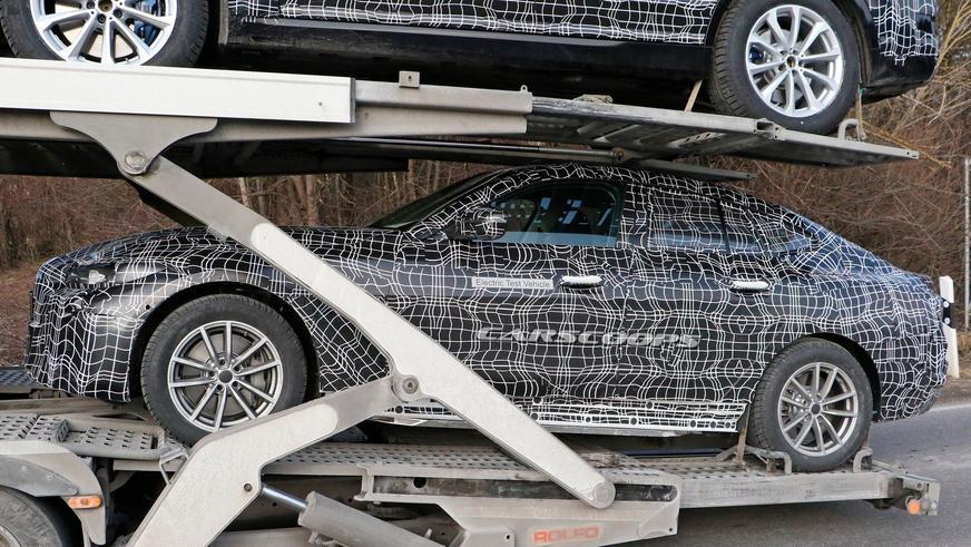 BMW i4 впервые попала в кадр
