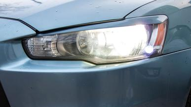 Незаконный ксенон и LED заставляют снимать в Атырау