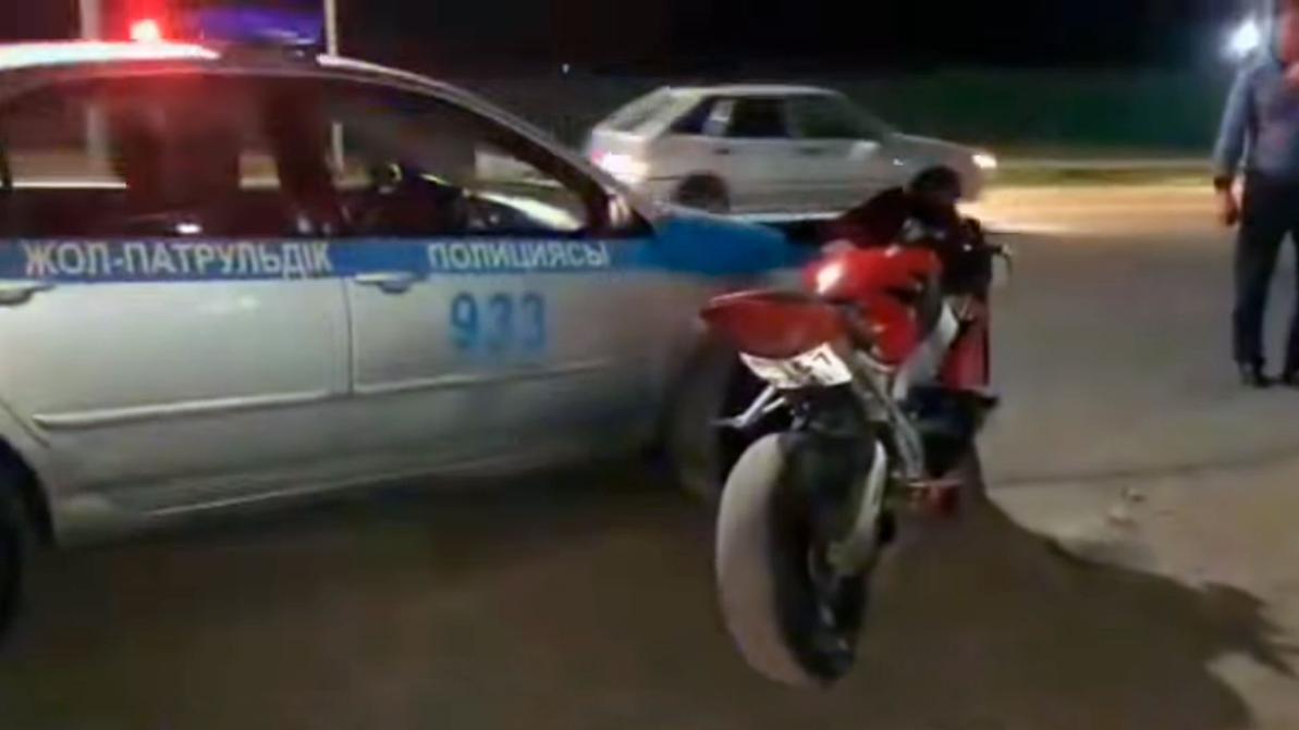 В Шымкенте оправдали мотоциклиста, протаранившего полицейское авто