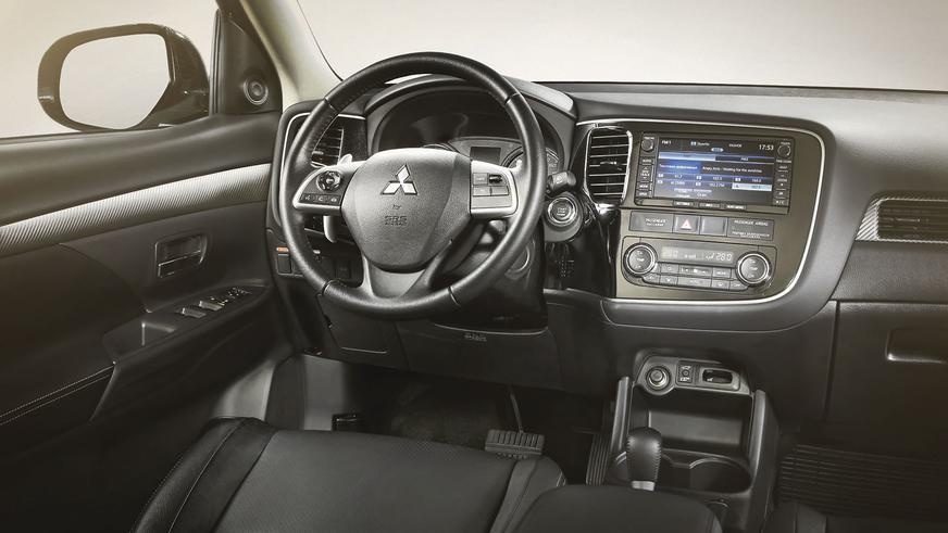 2012 год — Mitsubishi Outlander третьего поколения