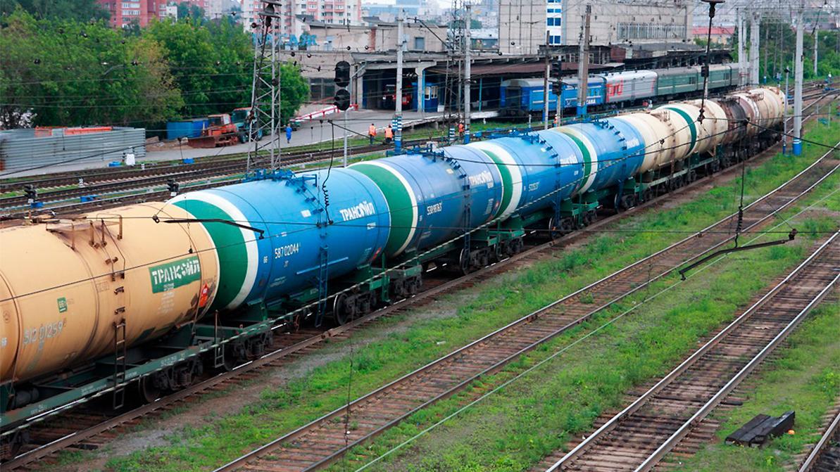 Импорт в Казахстан российского бензина снова запретили