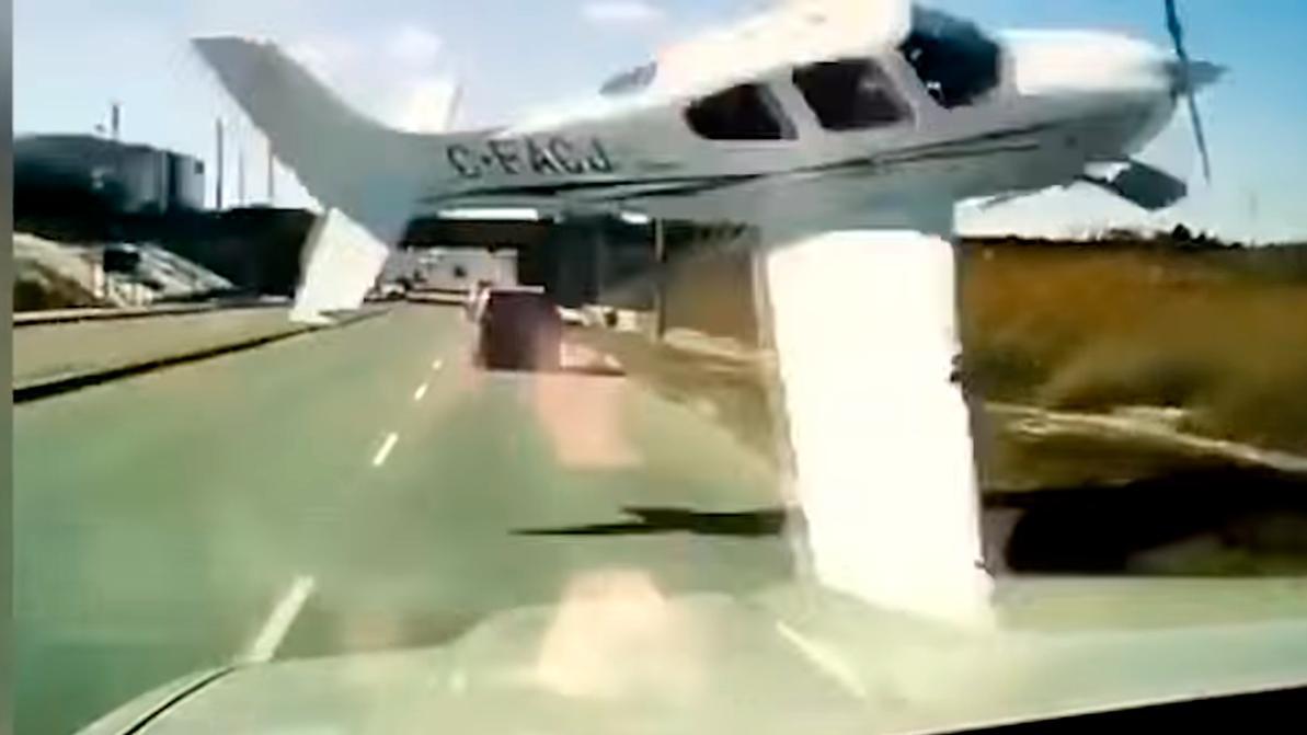 Самолёт перебегал дорогу в неположенном месте