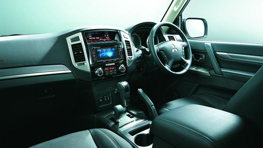 Mitsubishi прощается с Pajero особой спецверсией