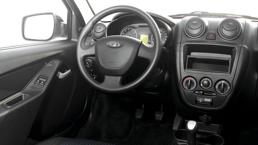2011 год. Lada Granta (ВАЗ-2190)