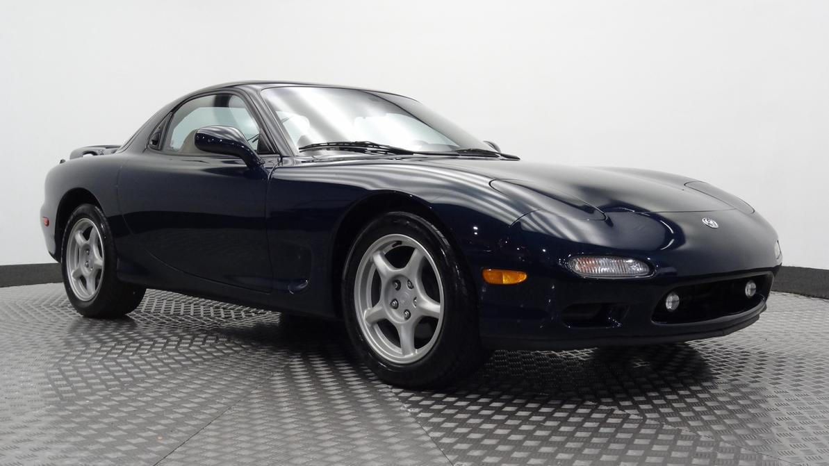 Mazda RX-7 без пробега продали за 70 тысяч долларов