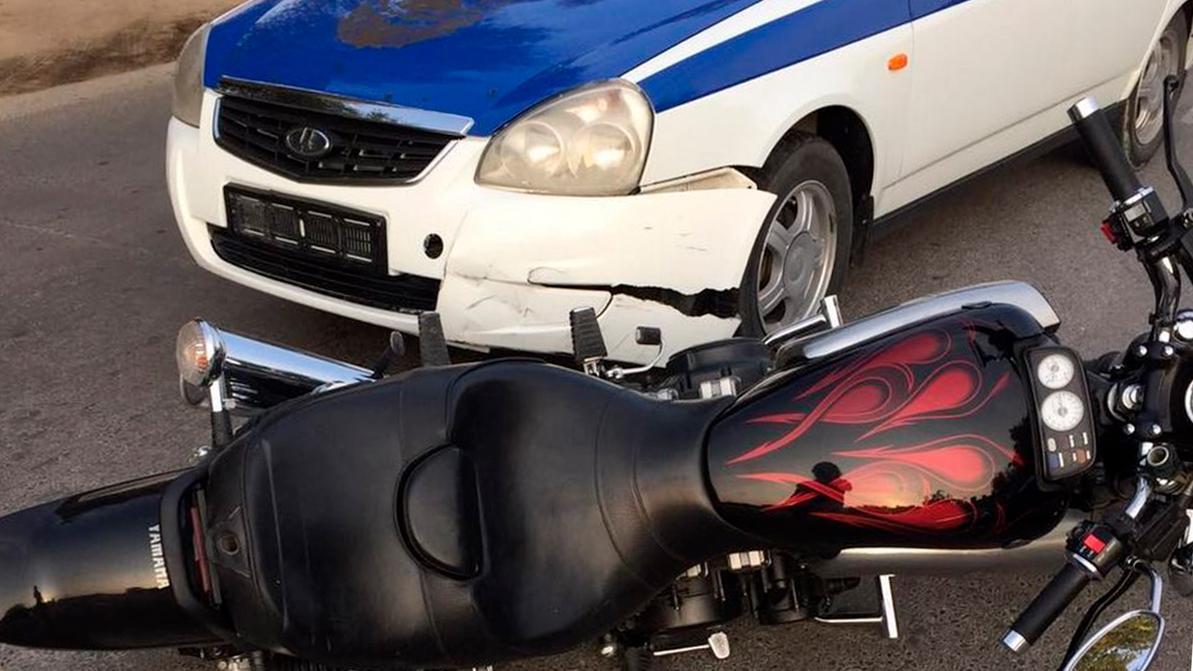 Полицейским разрешено таранить мотоциклы, мопеды и даже велосипеды