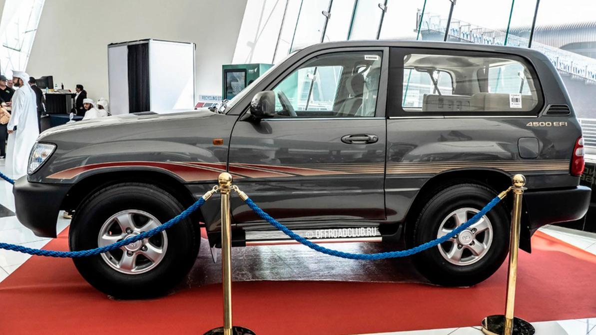 «Коротыш» Toyota Land Cruiser был замечен в ОАЭ