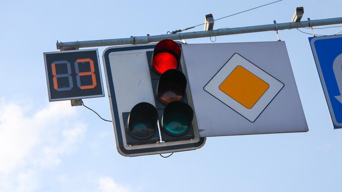 93 умных светофора появится в Алматы до середины 2020-го