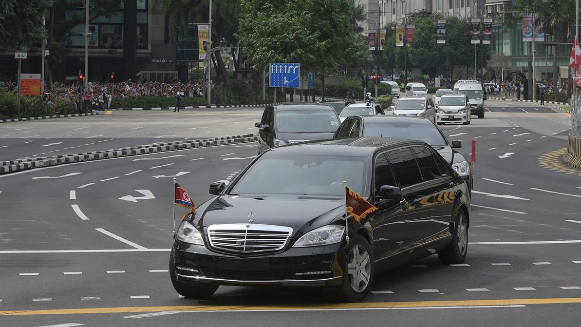 «Мерседесы» Ким Чен Ына прибыли из Нидерландов