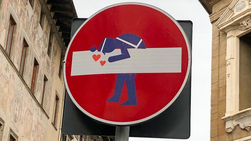 Фото дня: необычные «кирпичи» во Флоренции