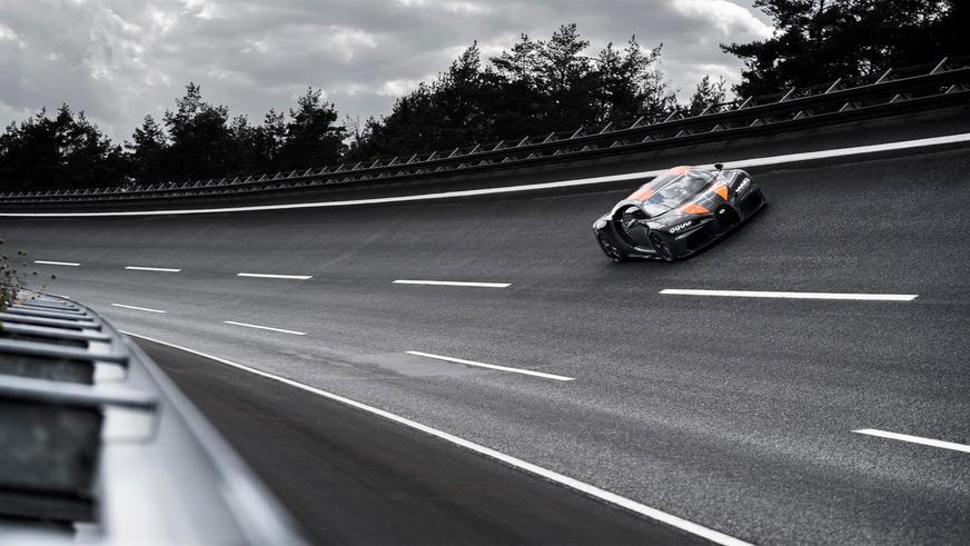 Bugatti Chiron разогнали до 489 км/ч