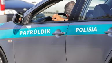 Patrùldik Polisia теперь будут писать на бортах полицейских машин