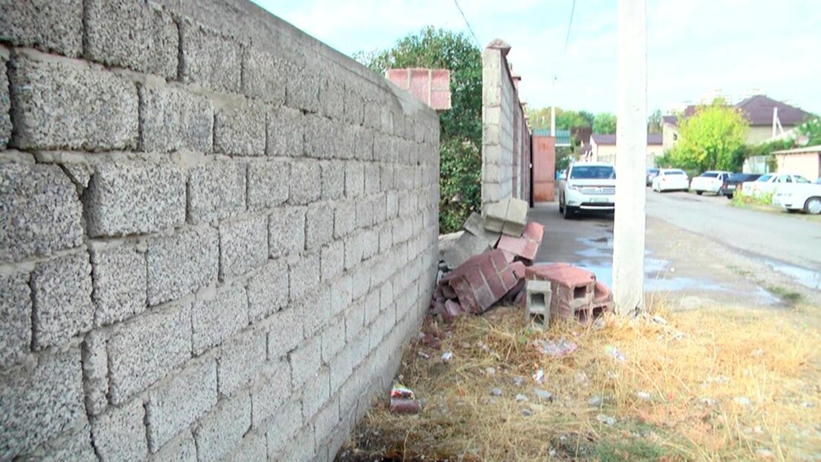 Подросток за рулём авто сбил троих детей в Шымкенте