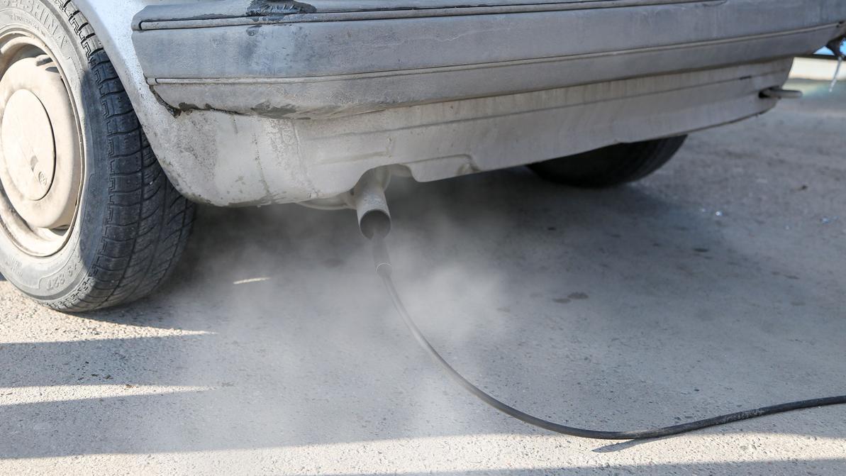 До 100 МРП хотят поднять штраф за грязный выхлоп авто в Казахстане