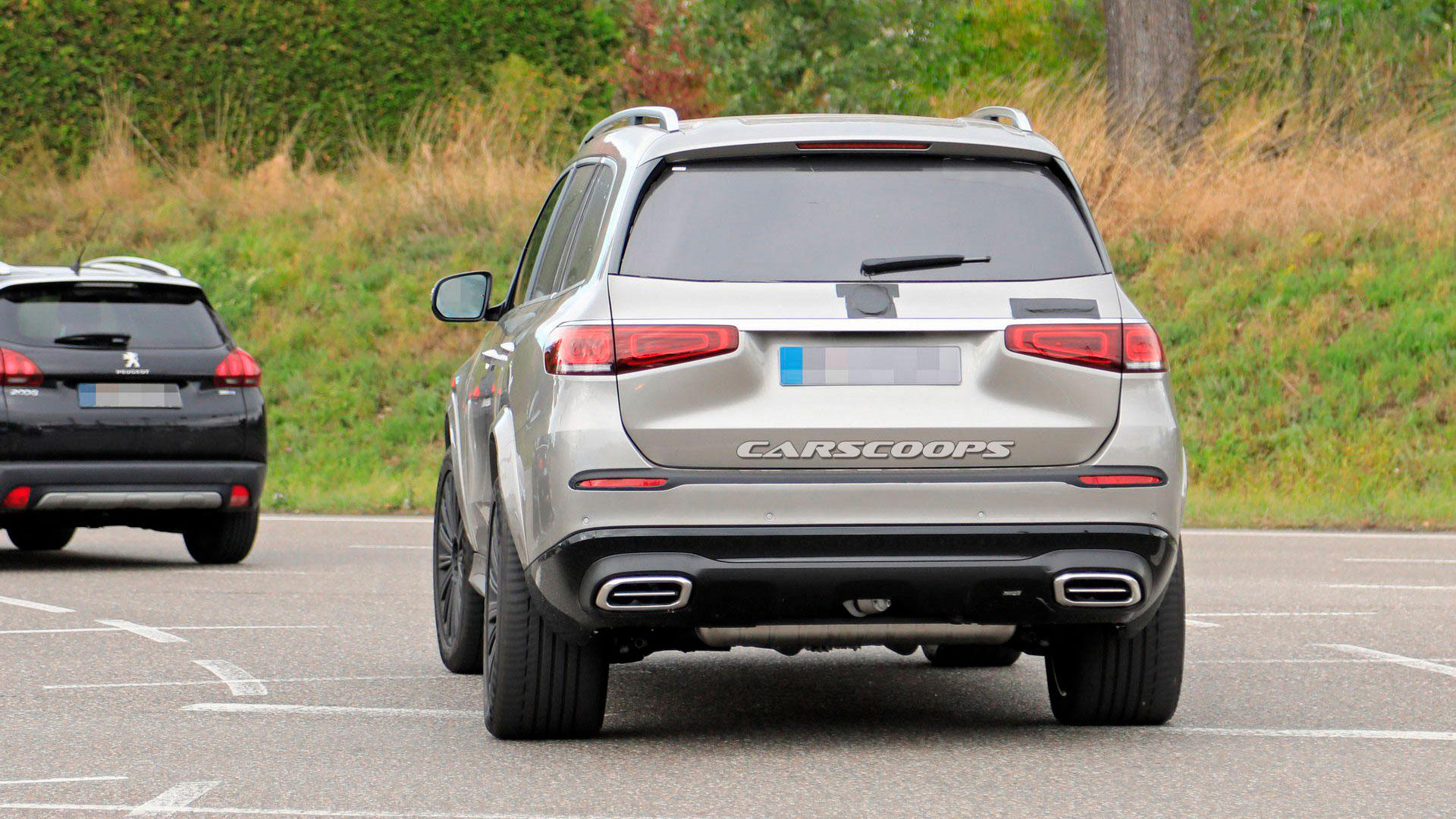 Mercedes-Maybach GLS засекли на дорогах