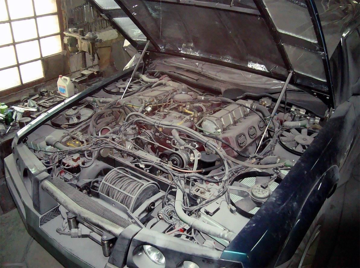Гигантский внедорожник «Уран» с 16-литровым мотором