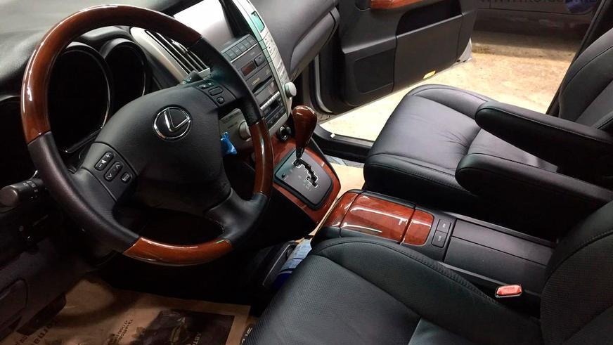 Lexus RX 2008 года выпуска почти без пробега выставили на продажу