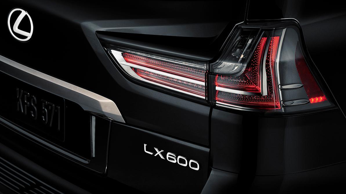 Lexus LX станет «шестисотым»