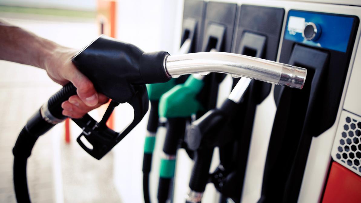 Повышать акцизы на топливо в 2019 не станут