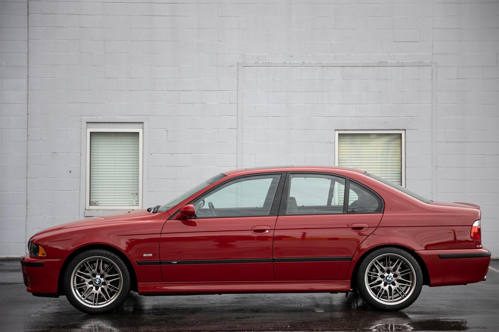 BMW M5 E39 продают за 0 000