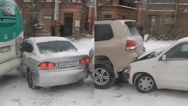Массовые ДТП из-за гололедицы происходят в Хабаровске