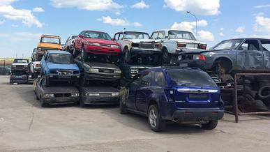 За три года 121 тысячу старых машин казахстанцы отправили в утиль