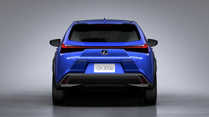 Первый серийный электромобиль Lexus
