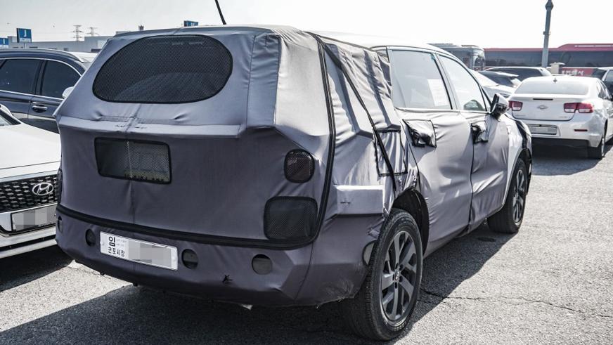 Первое фото четвёртого поколения Kia Sorento