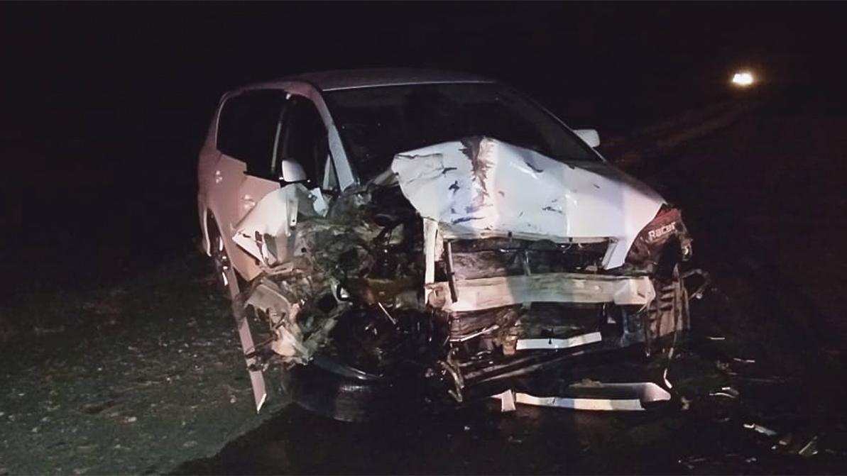 Минивэны Toyota Ipsum лоб в лоб столкнулись на трассе Актобе – Атырау – Астрахань