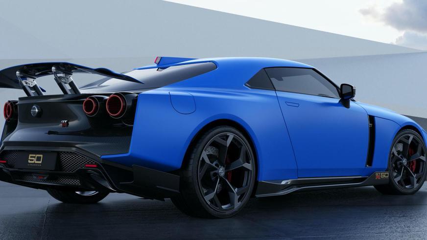 Nissan показал серийный GT-R50